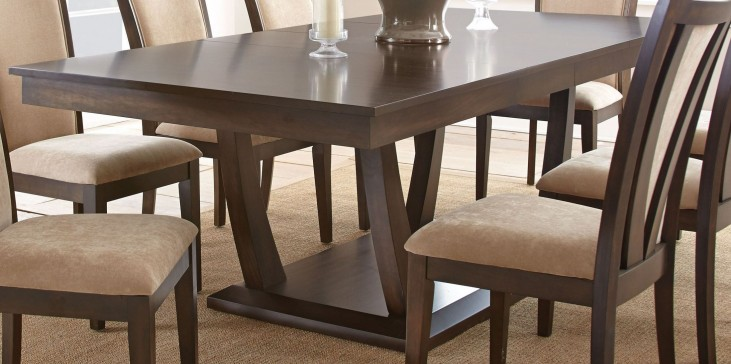 Gabrielle Extendable Rectangular Dining Table