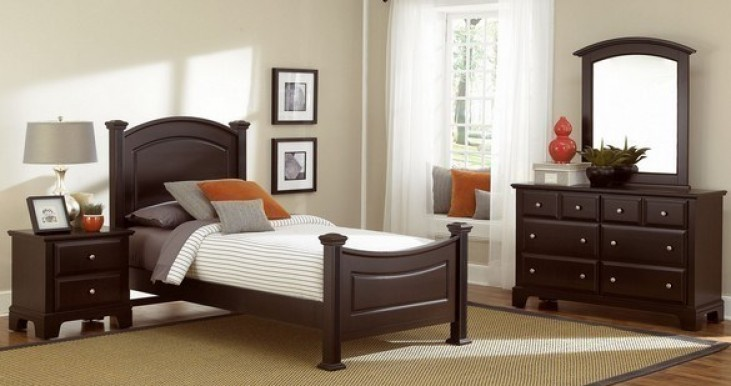 Hamilton/Franklin Merlot Youth Panel Bedroom Set