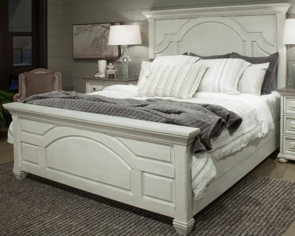 Hancock Park Vintage White Queen Panel Bed