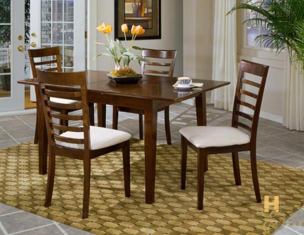 Townhouse Breakfast Table Set