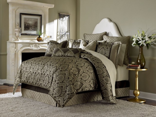 Imperial Bronze 9 piece Queen Comforter Set