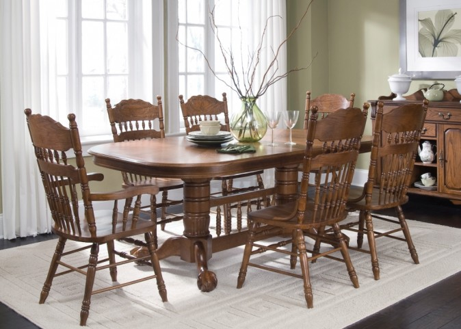 Old World Double Pedestal Extendable Dining Set