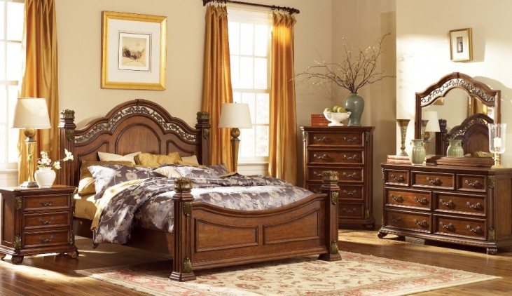 Messina Estates Poster Bedroom Set