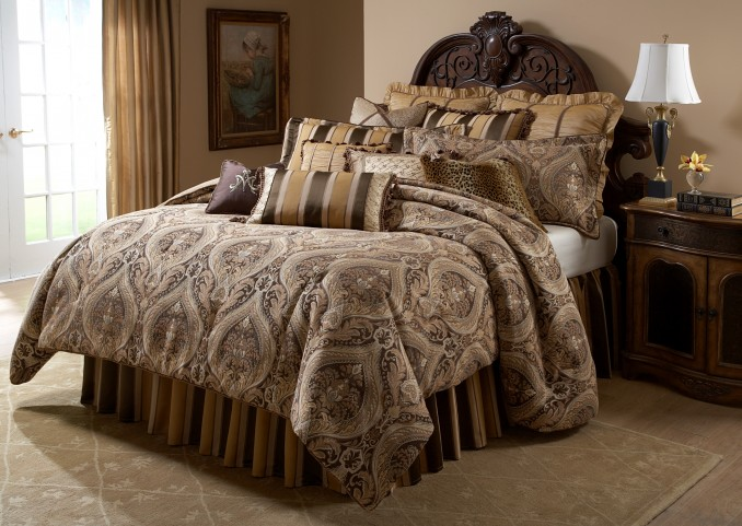 Lucerne Queen 12 Pcs Comforter Set