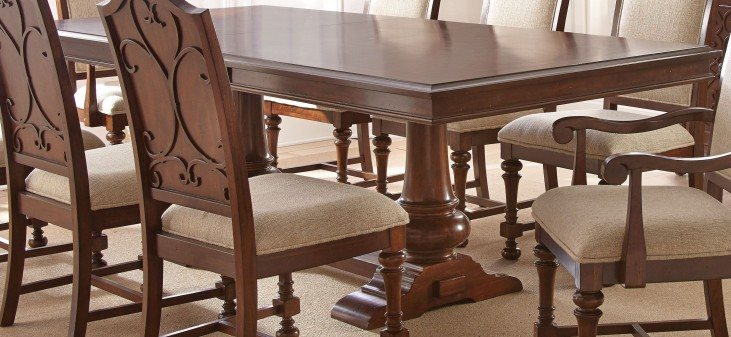 Norwich Extendable Rectangular Dining Table