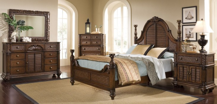 Palm Court II Coco Brown Poster Bedroom Set