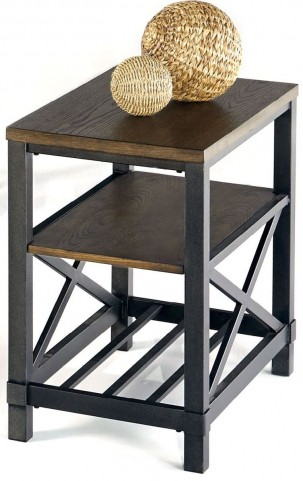 Oak Hill Wire Chairside Table