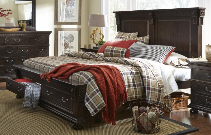 La Cantera Tobacco King Panel Storage Bed