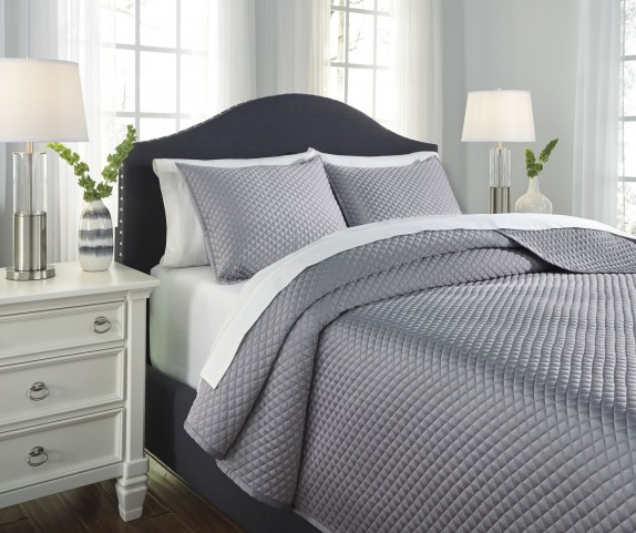 Dietrick Gray King Quilt Set