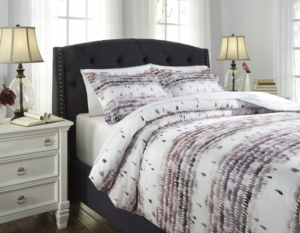 Danessa Mulberry Queen Duvet Cover Set