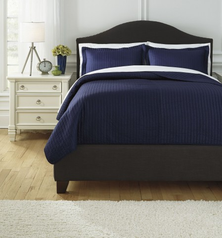 Raleda Navy Queen Comforter Set