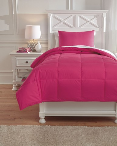 Plainfield Magenta Full Comforter Set