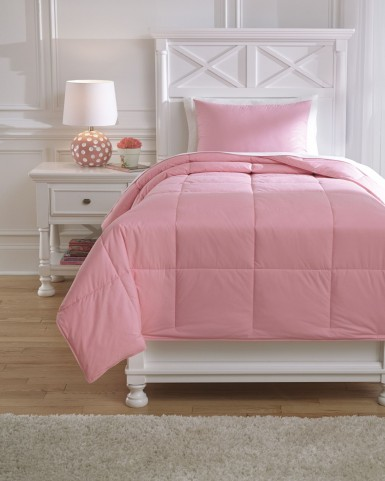 Plainfield Pink Full Comforter Set