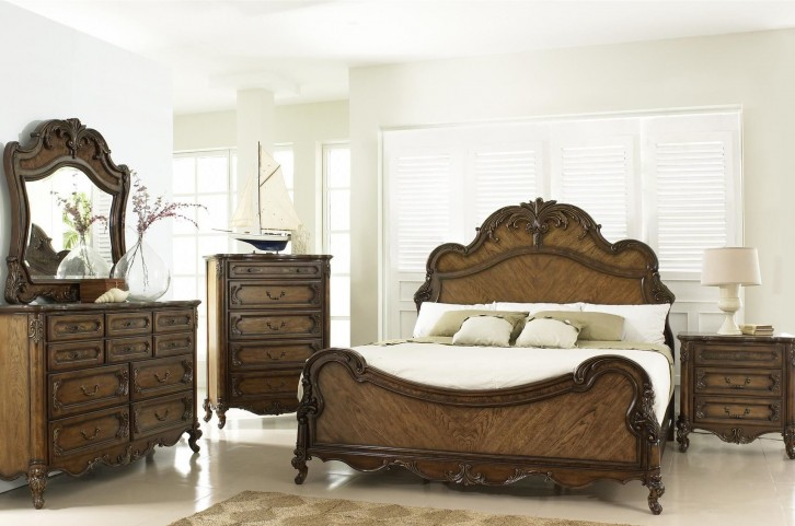 Rochelle Chestnut Panel Bedroom Set