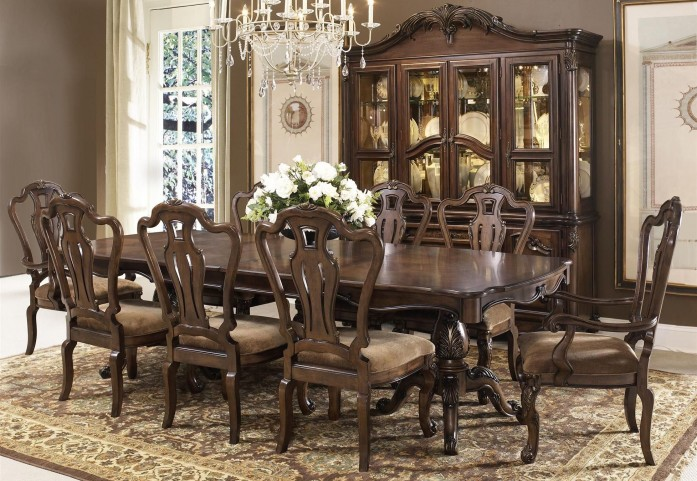 Rochelle Chestnut Extendable Rectangular Leg Dining Room Set