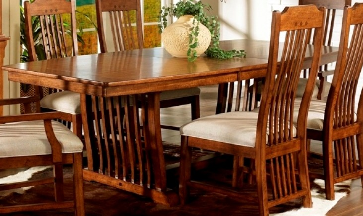 Craftsman Trestle Table