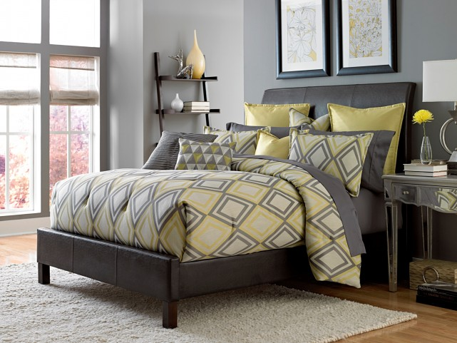 Society Row Queen 9 Pcs Comforter Set