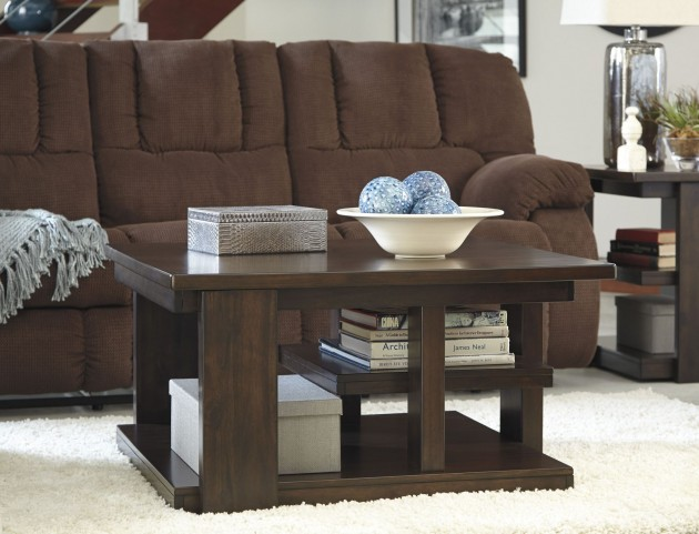 Garletti Dark Brown Occasional Table Set