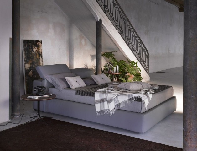 D709 Tower King Platform Storage Bed
