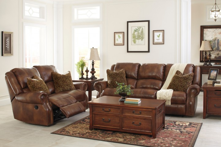 Walworth Auburn Reclining Living Room Set
