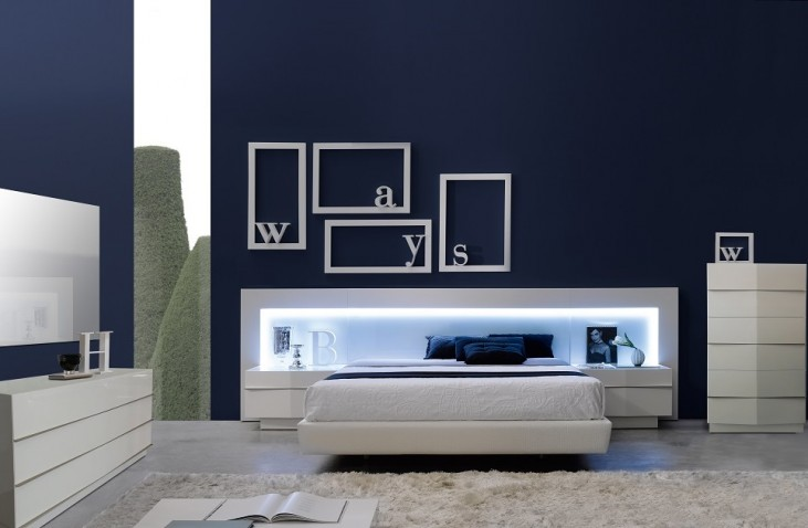 Valencia Platform Bedroom Set