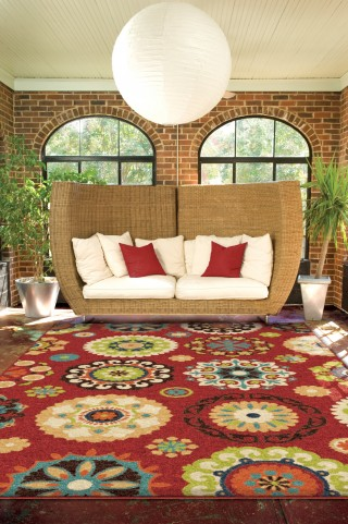 "Veranda Hubbard Brick Red Medium 90"" Rug"