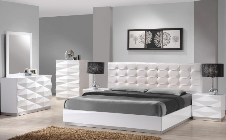 Verona White Lacquer Platform Bedroom Set