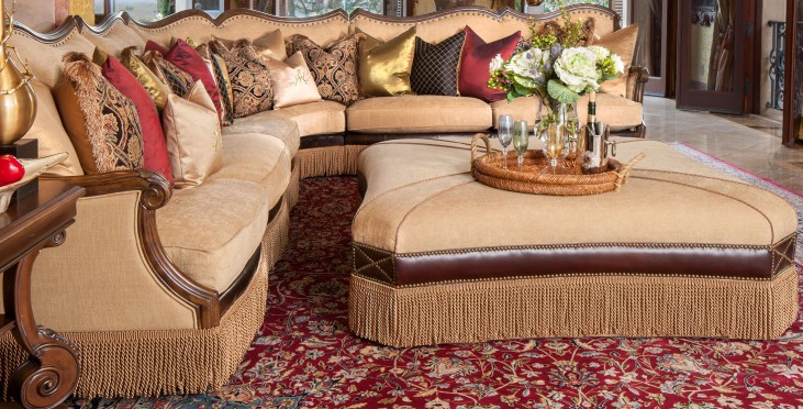 Victoria Palace Sectional