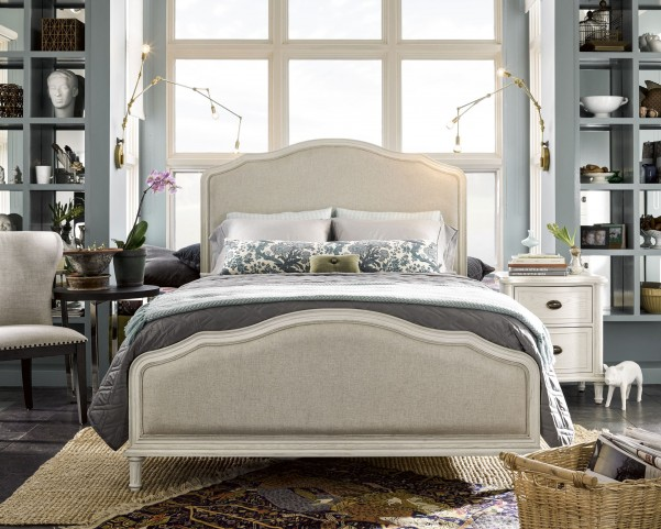 Curated Cotton Panel Bedroom Set