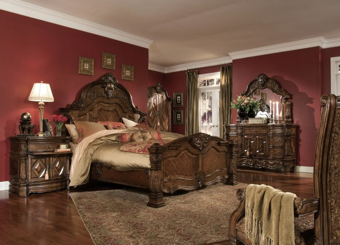 Windsor Court Mansion Bedroom Set