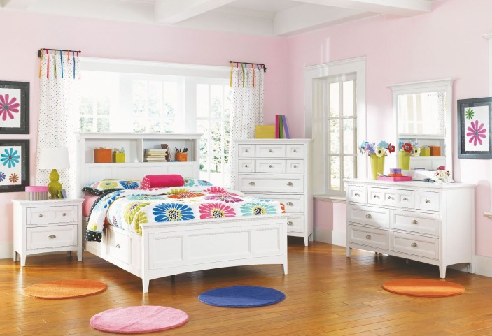Kenley Youth Bookcase Bedroom Set