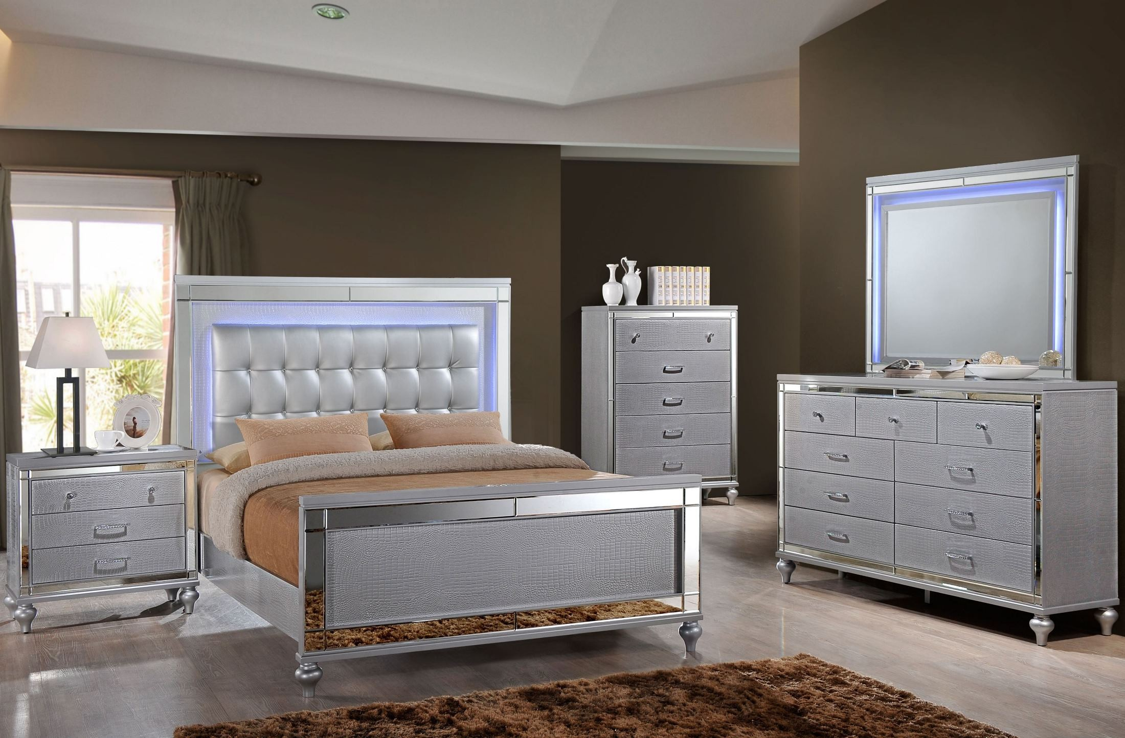 Valentino Silver Panel Bedroom Set B9698 310 320 330 New Classics