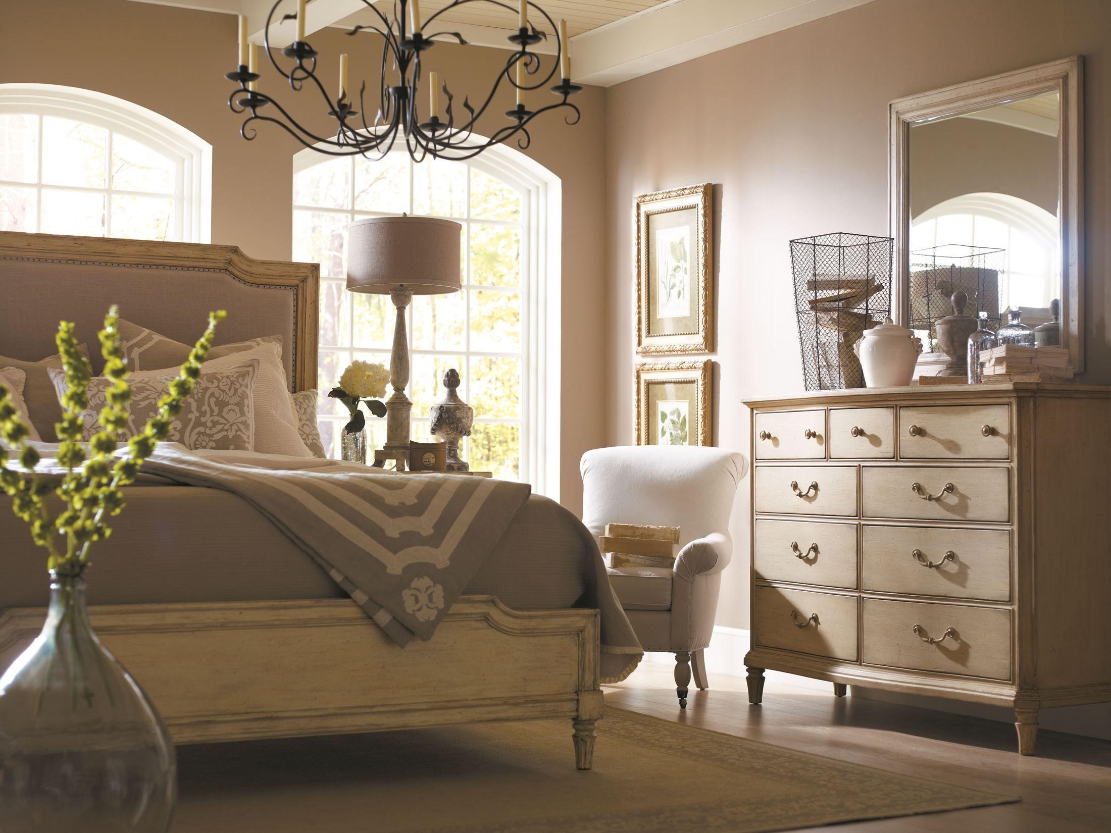 European Cottage Vintage White Upholstered Bedroom Set from Stanley 007 23 5