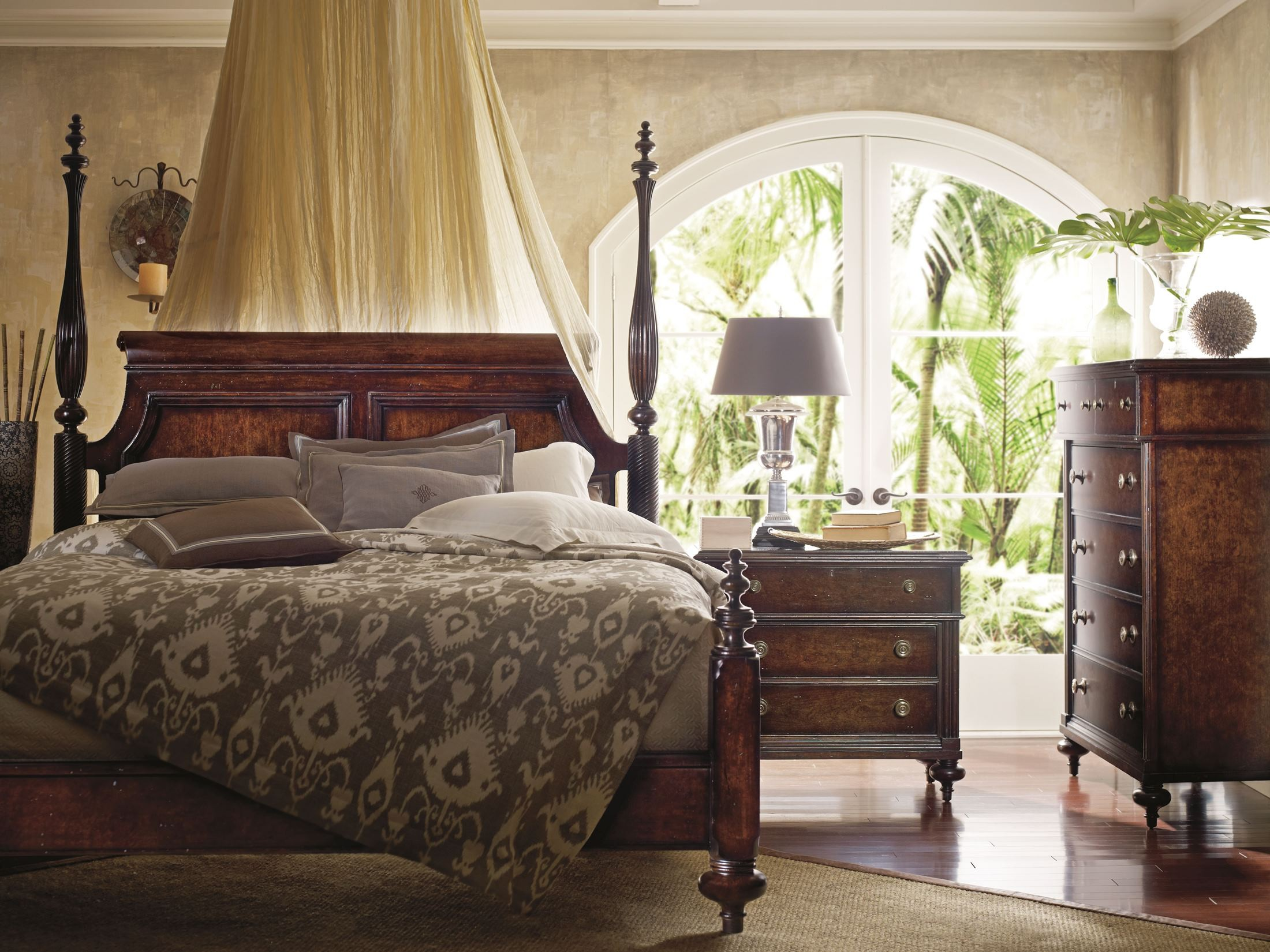 British Colonial Caribe Poster Bedroom Set From Stanley