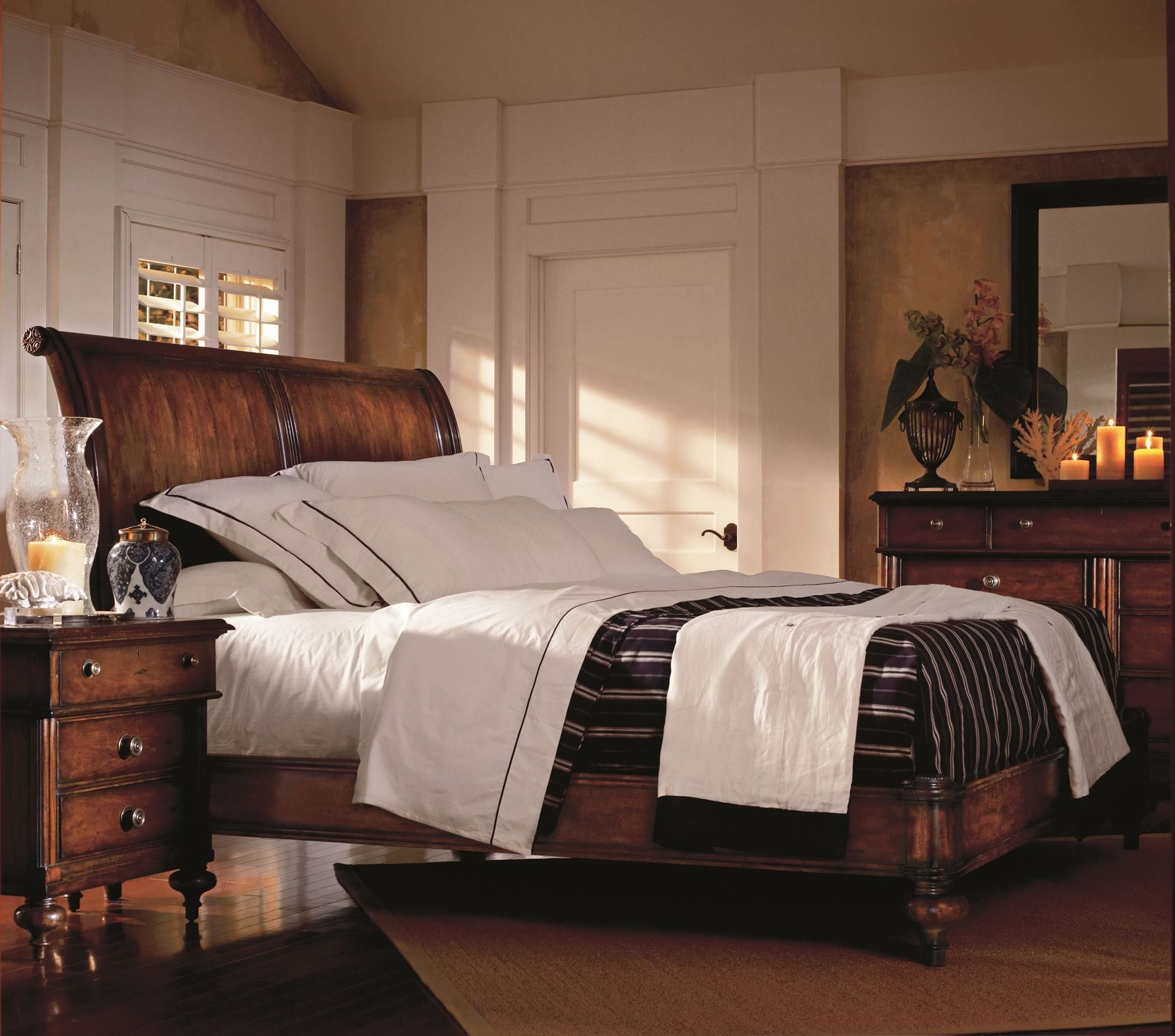 british colonial sleigh bedroom set from stanley 020 63 52 coleman