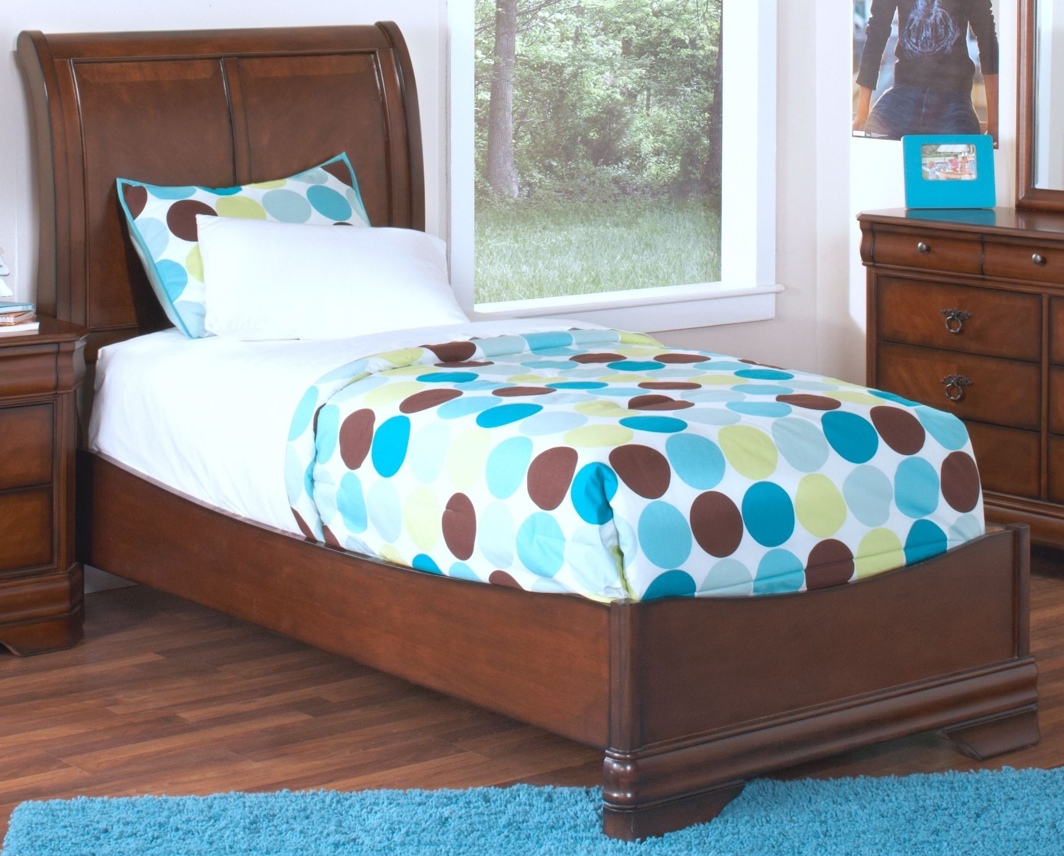 Sheridan Burnished Cherry Twin Sleigh Bed From New