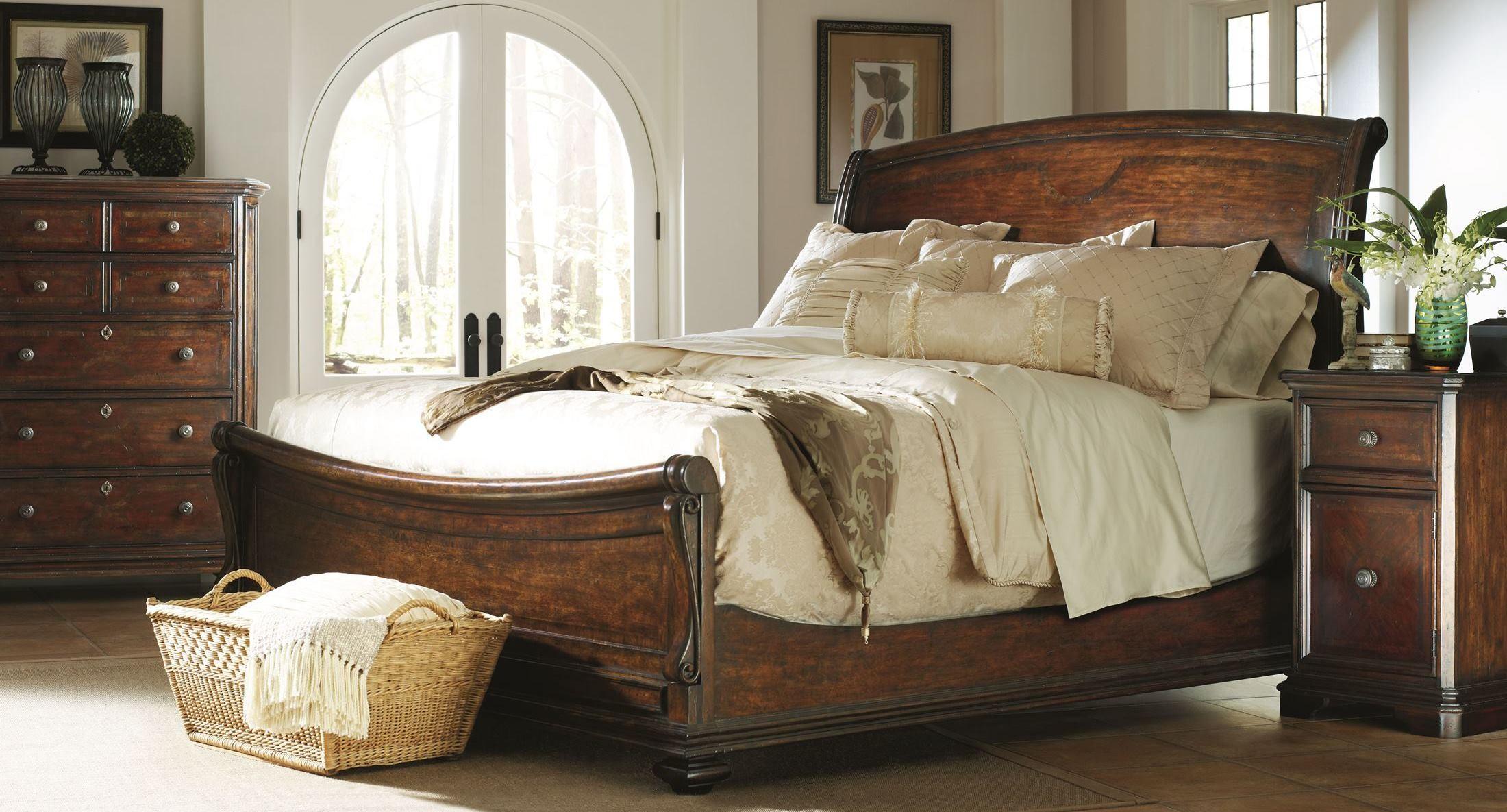 Portfolio Continental Barrel Sleigh Bedroom Set From Stanley 128 13 52 Coleman Furniture