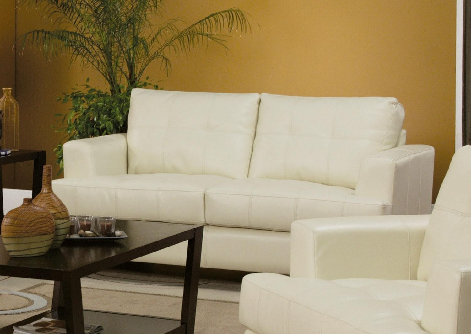 Samuel cream leather living room set 501691 from coaster for Cream couch living room
