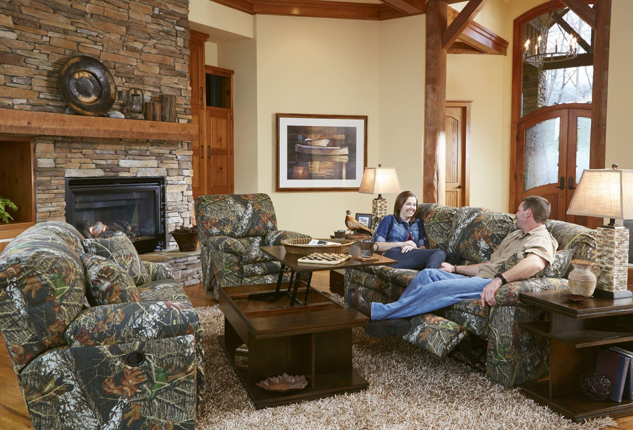 Trapper Mossy Oak New Breakup Reclining Living Room Set 1301 2657 15 Duck Dynasty