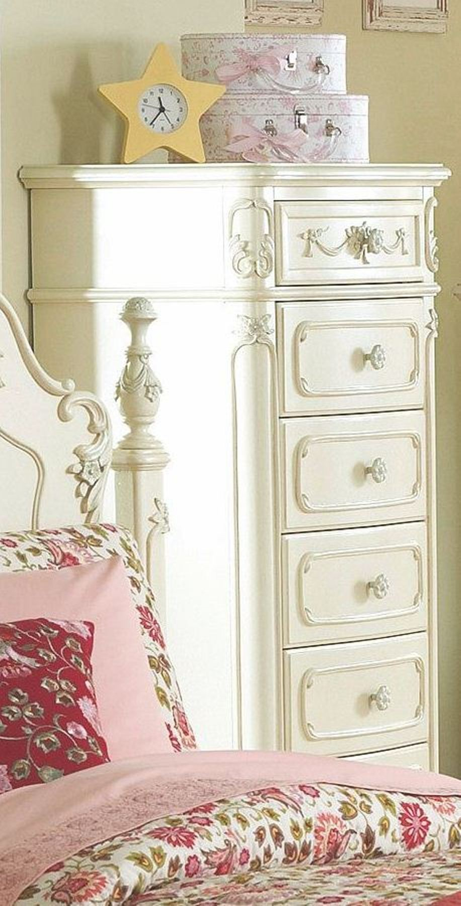 Cinderella Poster Bedroom Set from Homelegance 1386
