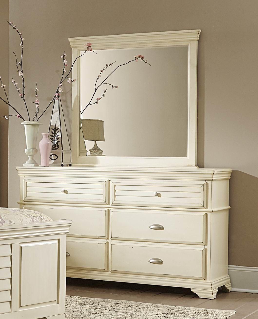 laurinda antique white panel bedroom set from homelegance 1846 1