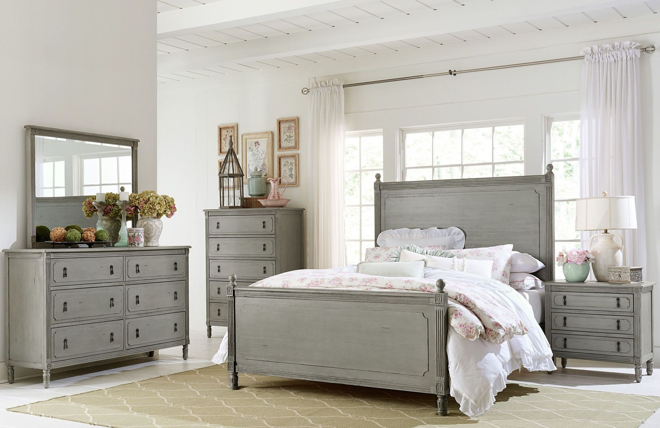 Aviana Grey Poster Bedroom Set 1977 1 Homelegance