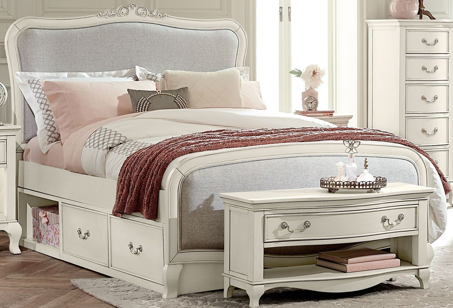 kensington antique white katherine upholstered full panel bed with storage 20025ns ne kids. Black Bedroom Furniture Sets. Home Design Ideas