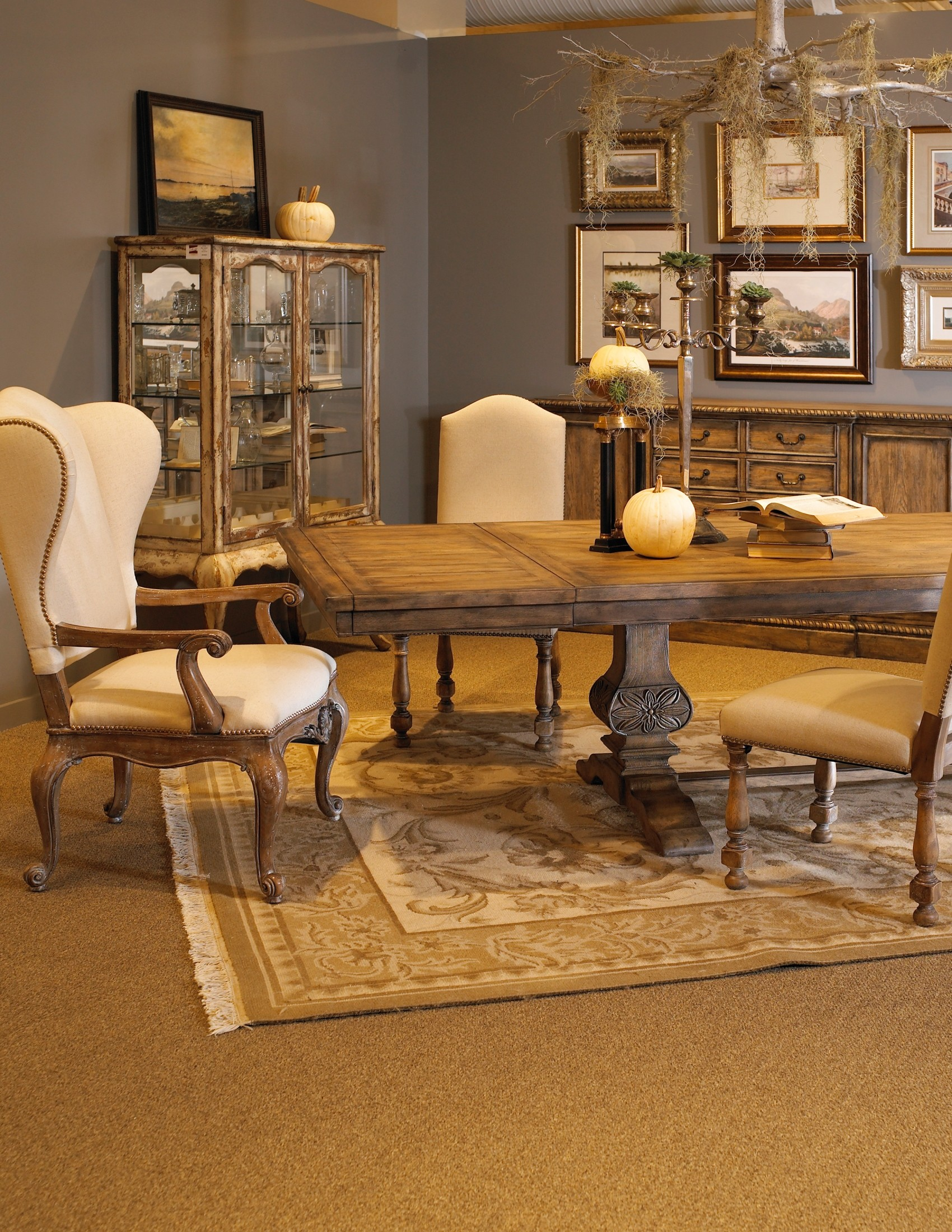 Accentrics home desdemona rectangular dining room set from pulaski 201005 coleman furniture - Pulaski dining room ...