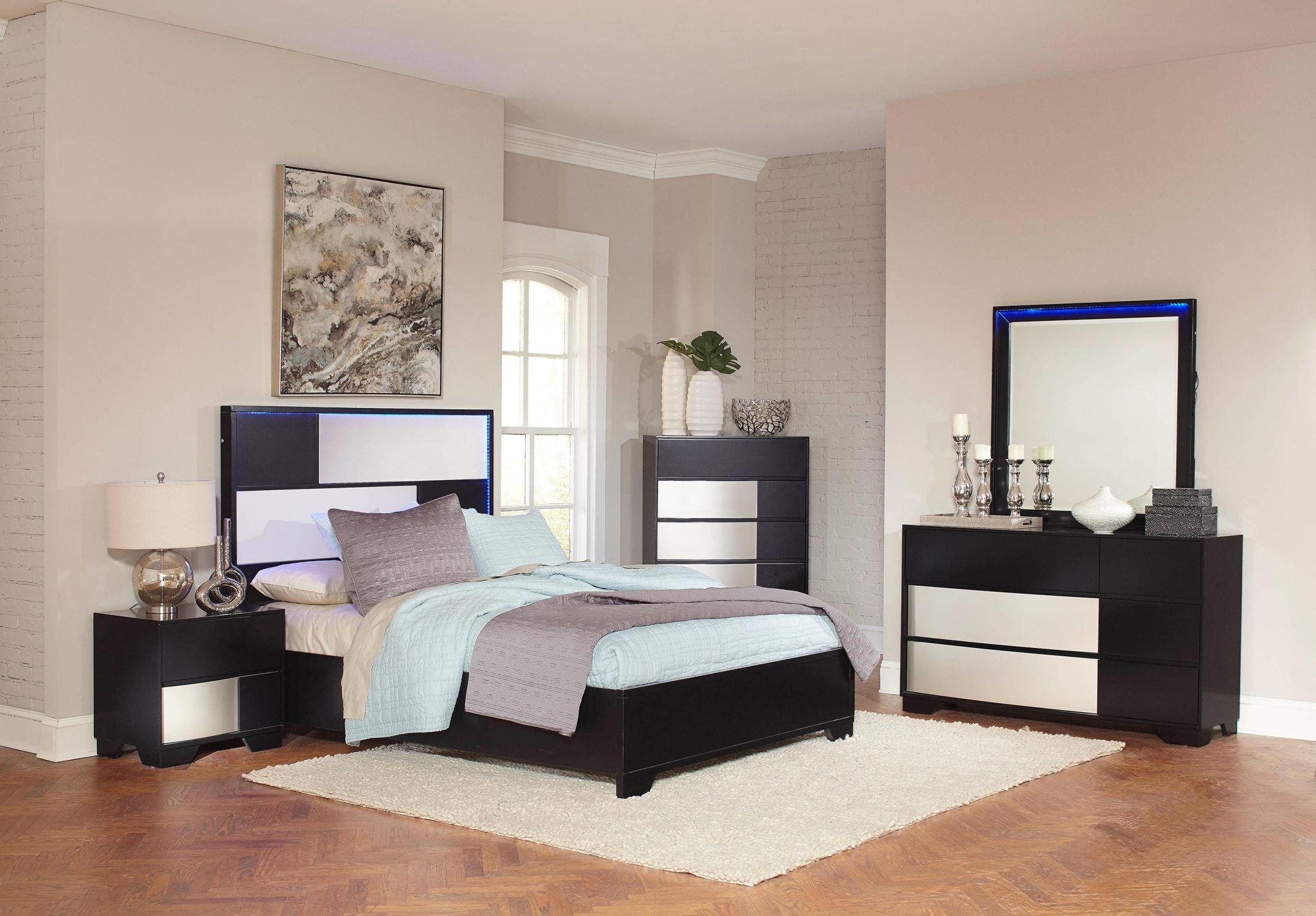 havering black and sterling platform bedroom set 204781q coaster furniture. Black Bedroom Furniture Sets. Home Design Ideas