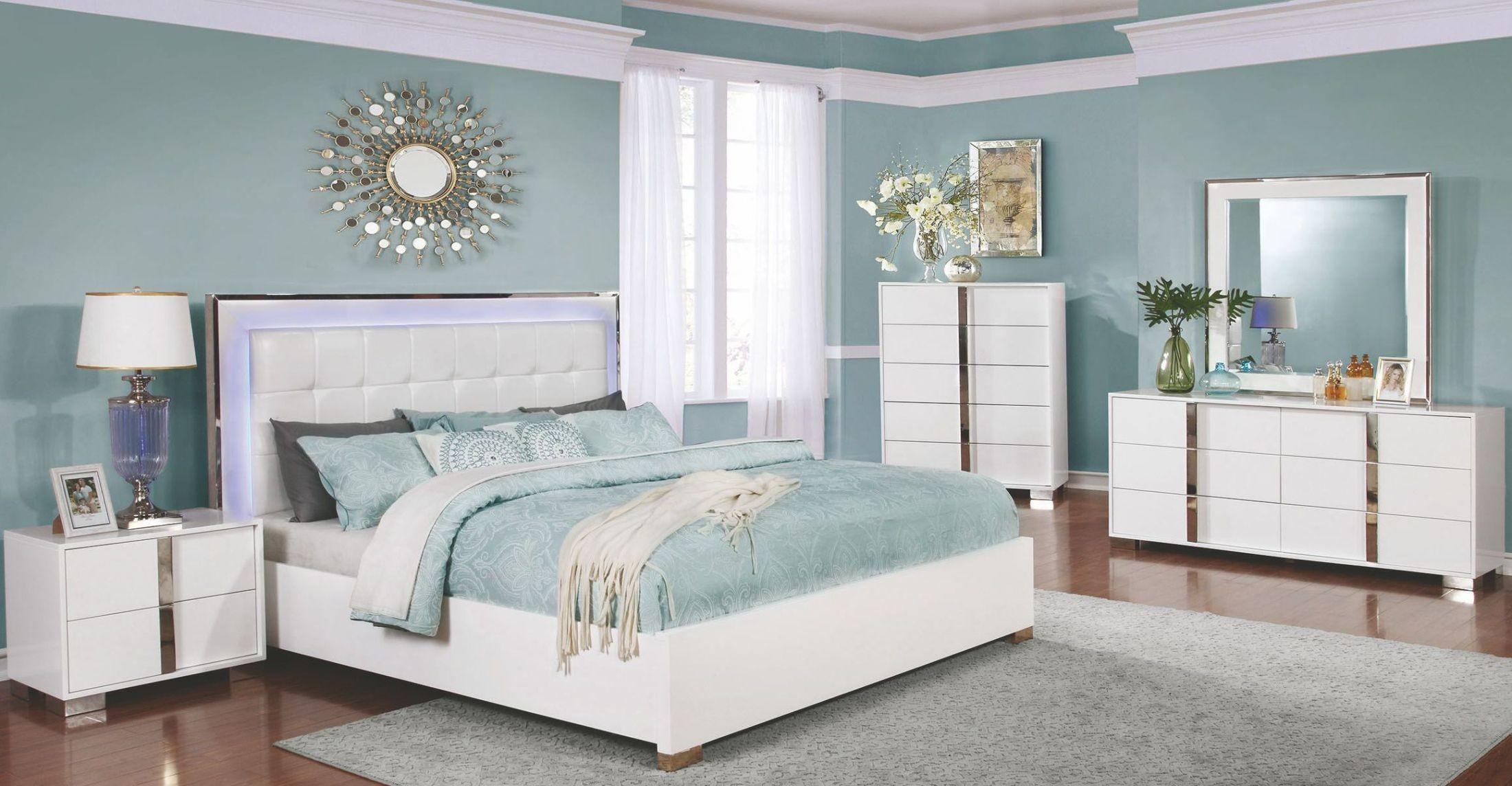 white upholstered platform bedroom set 205201q coaster furniture