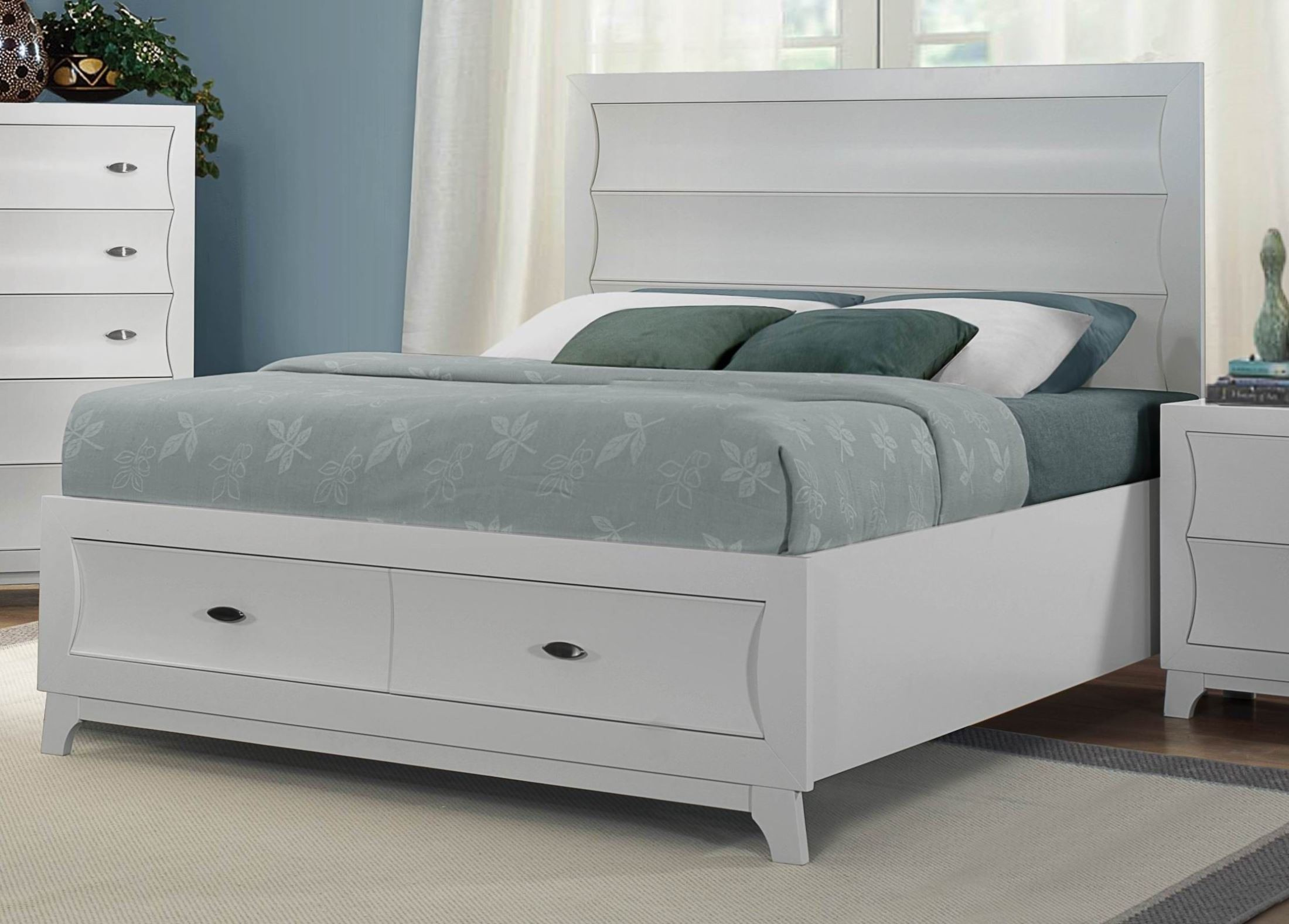 Zandra white platform storage bedroom set from homelegance for White bedroom set with storage