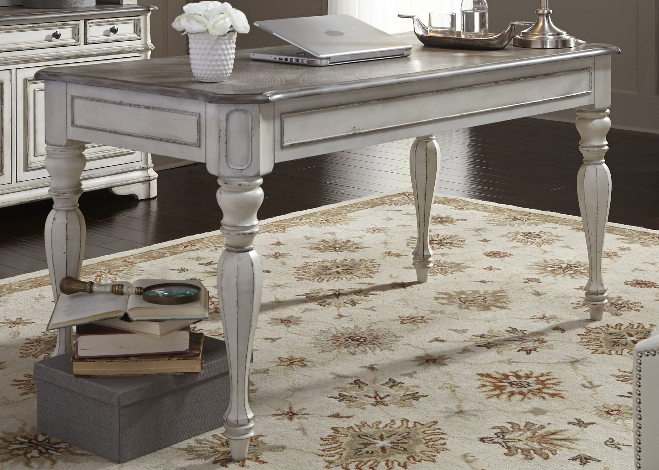 white writing table Fourteen karat white gold is 585 percent pure gold and 18 karat white gold is 75  percent pure gold the balance is comprised of other alloy metals, which make.