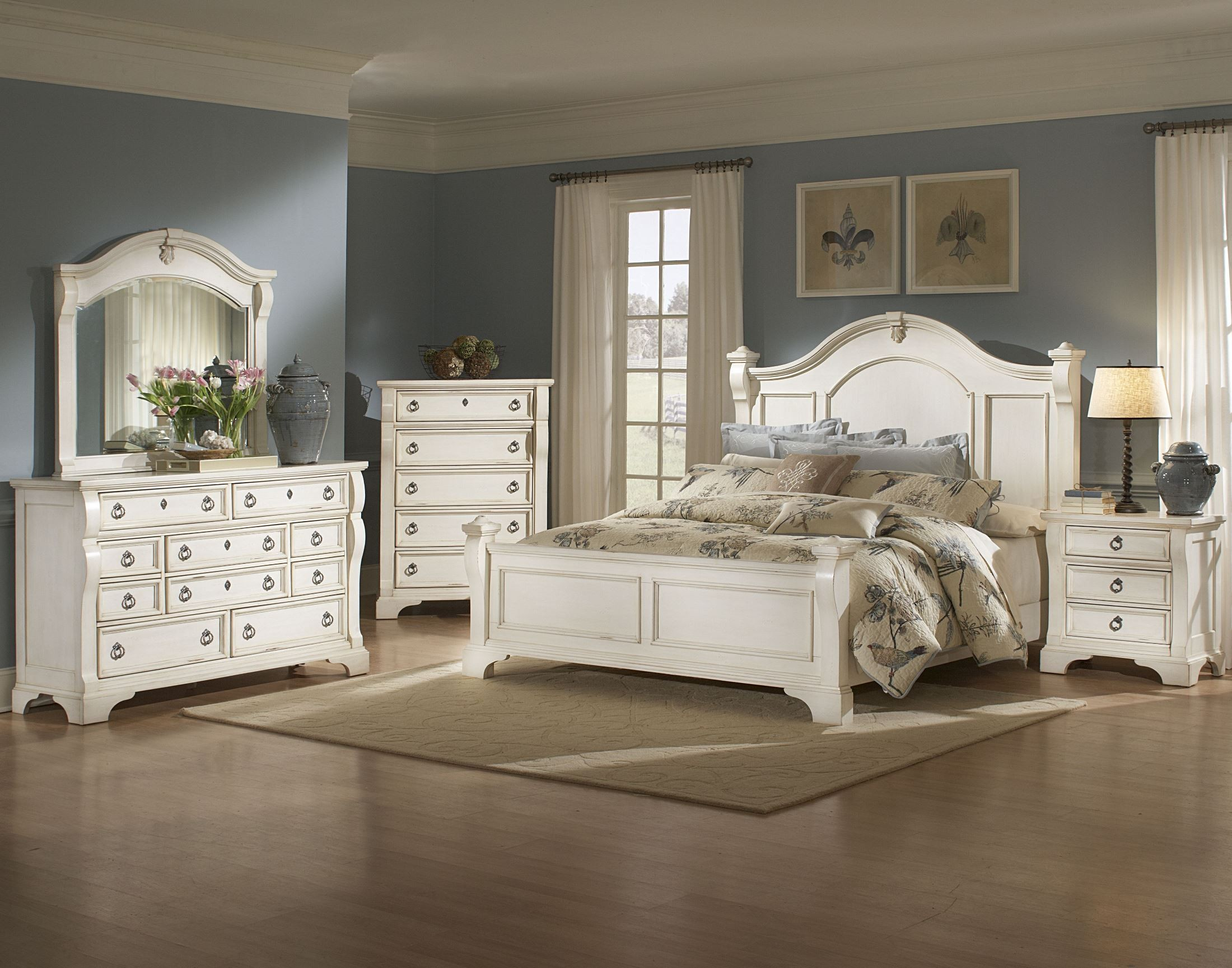Heirloom White Queen Poster Bed From American Woodcrafters 2910 50pos Coleman Furniture