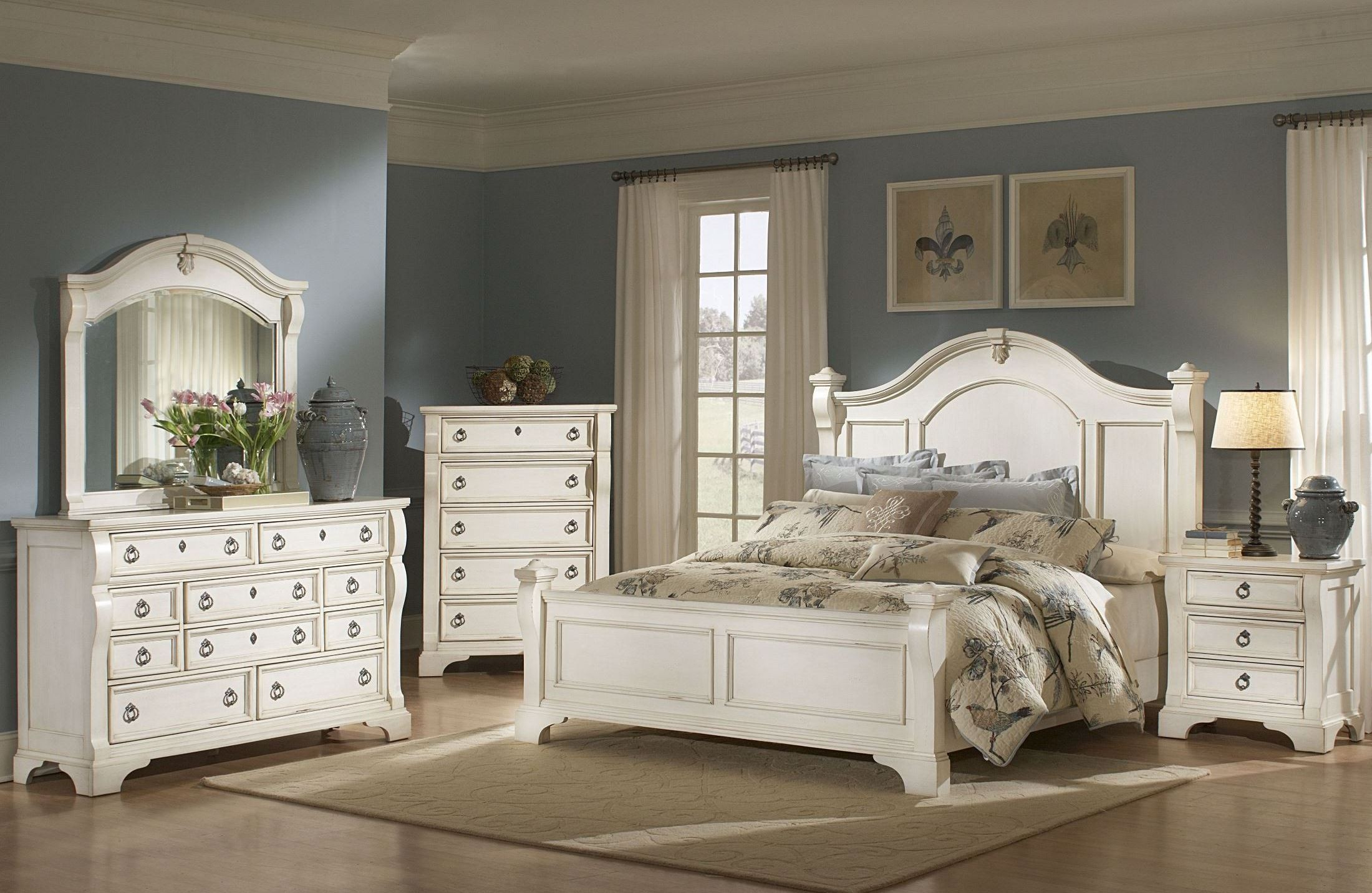 heirloom white poster bedroom set from american woodcrafters 2910 50pos coleman furniture. Black Bedroom Furniture Sets. Home Design Ideas